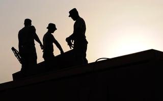 workers-659885_1920.jpg